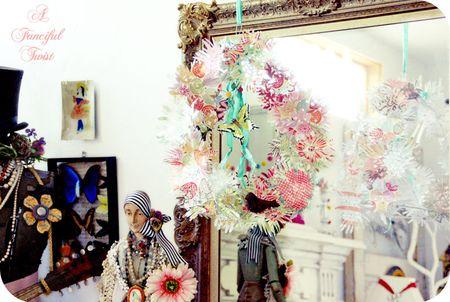 Paper flower chandelier 1a