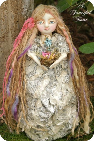 Ophelia Periwinkle and her nest full of yarn treasures 4