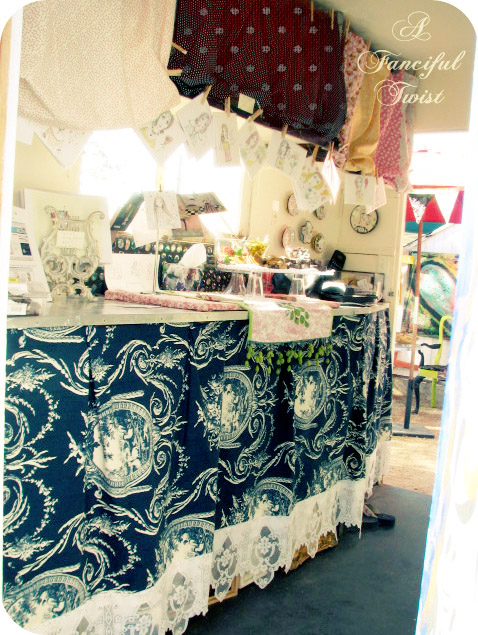 Vanessa Valencia Gallery 2007 show 5a
