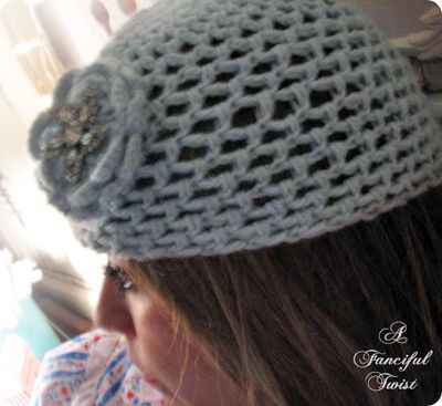 Crochet love me side beret