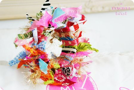 Yarn bracelets 12