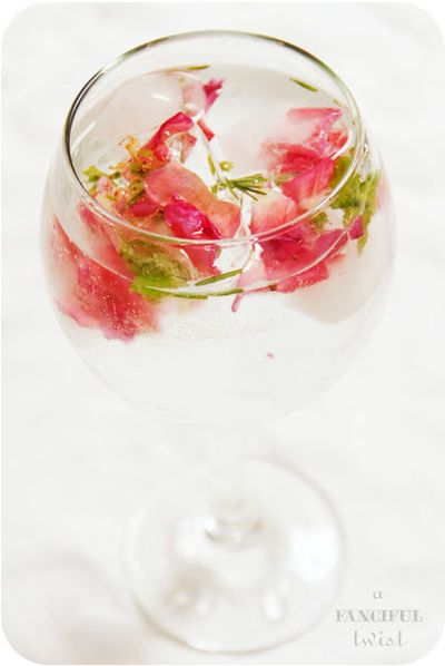 Flower ice cubes 1