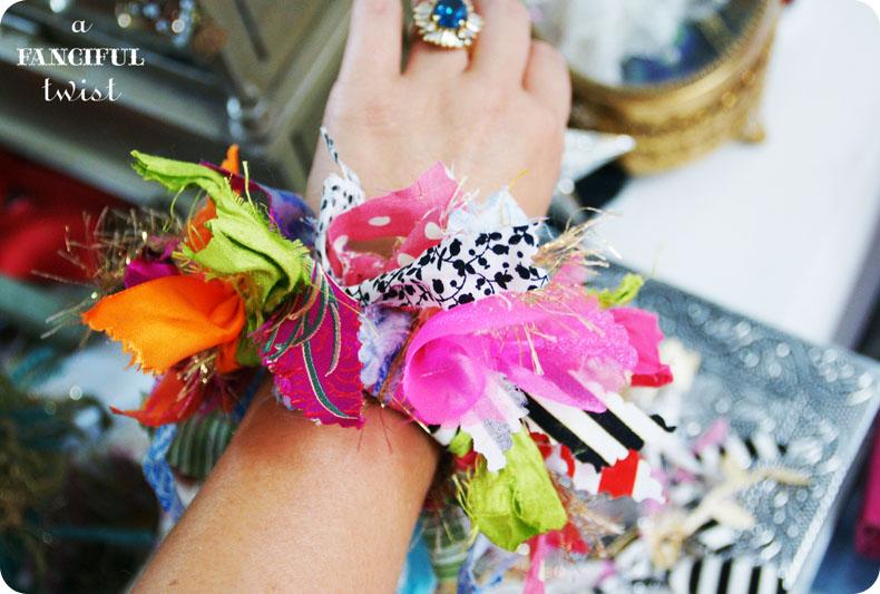 Yarn bracelets 14