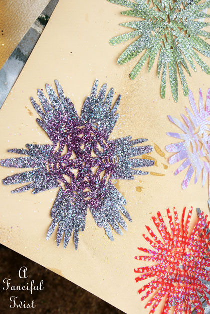 Paper snowflakes 13a