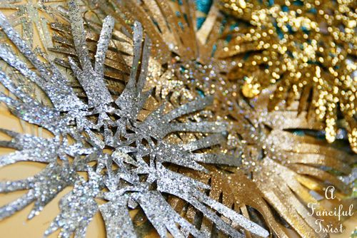 Paper snowflakes 10a