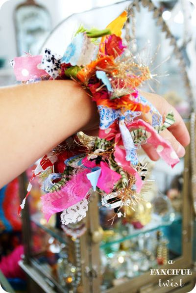 Yarn bracelets 11