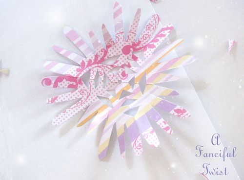 Paper snowflakes 32a