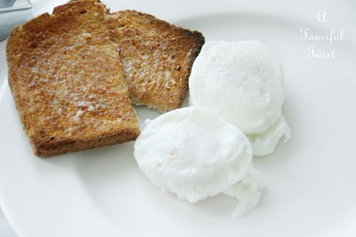 Poached eggs 10