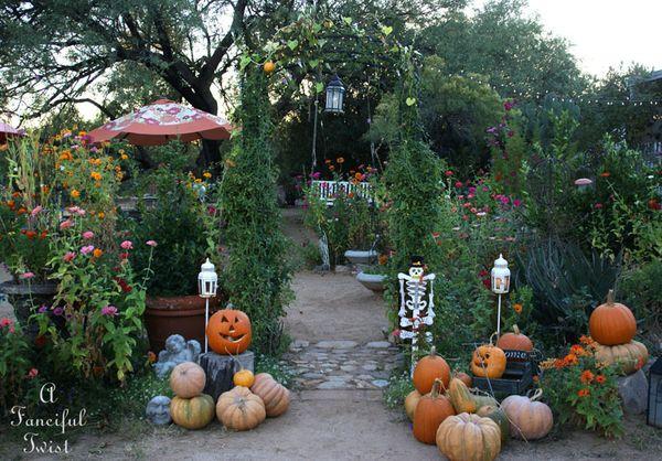 Halloween Garden 4