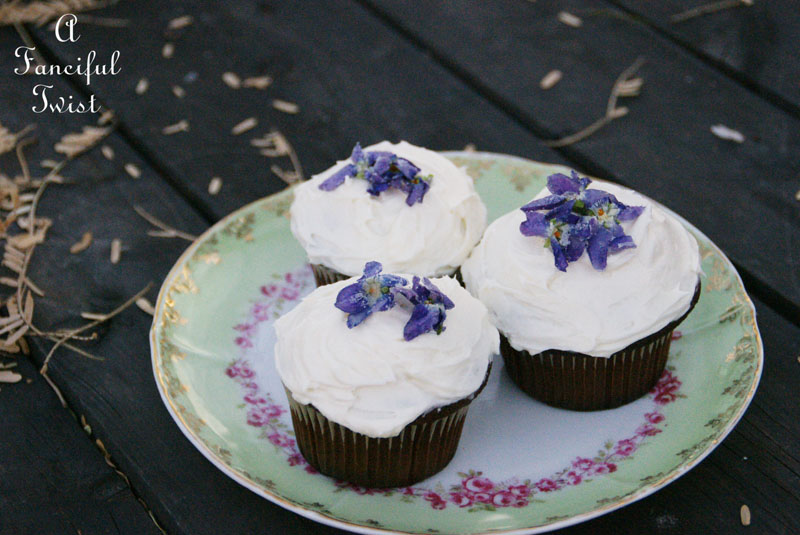 Candied violets 12