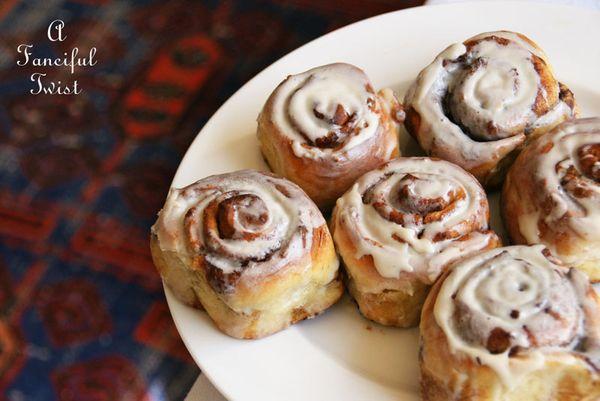 Cinnamon rolls 2