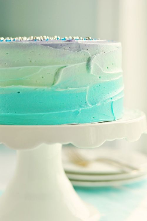 How to frost a swirl cake