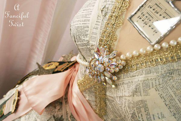 Paper dress 3