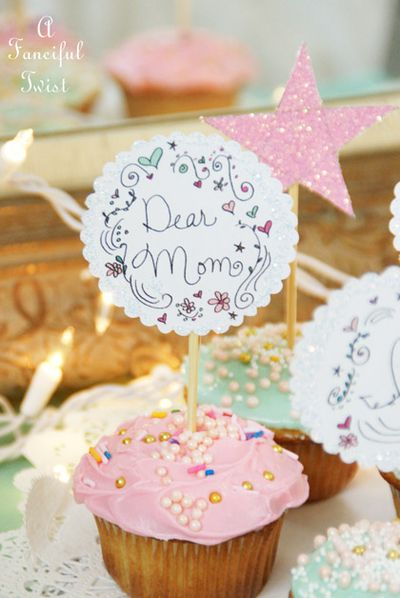Mothers day cupcake toppers 1