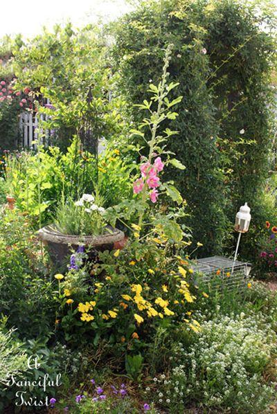 Vanessa valencia garden 16