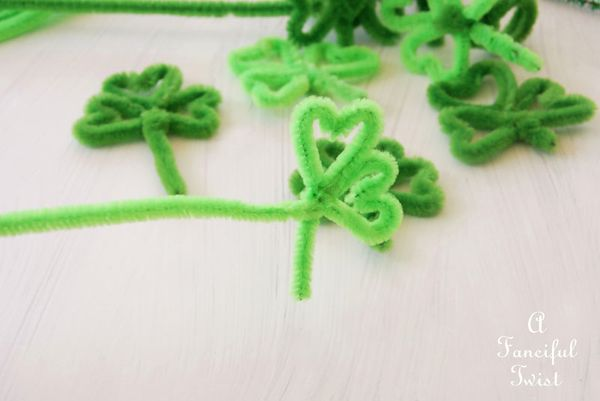 Pipe cleaner rings 16