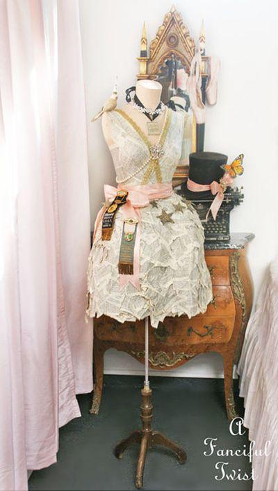 Paper dress 9