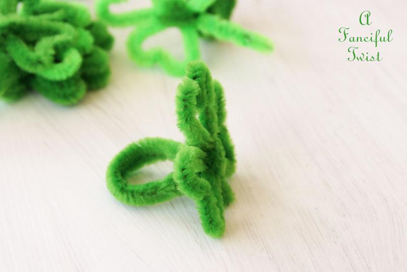 Pipe cleaner rings 3