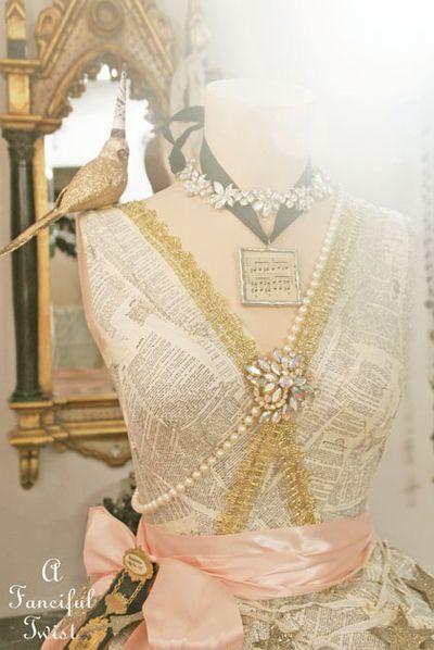 Paper dress 17
