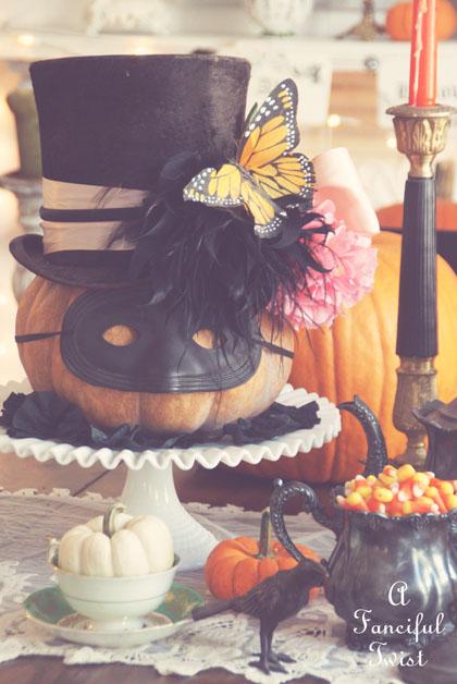 Halloween decorating 2