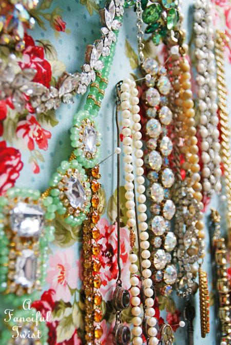 Jewelry pin board 10