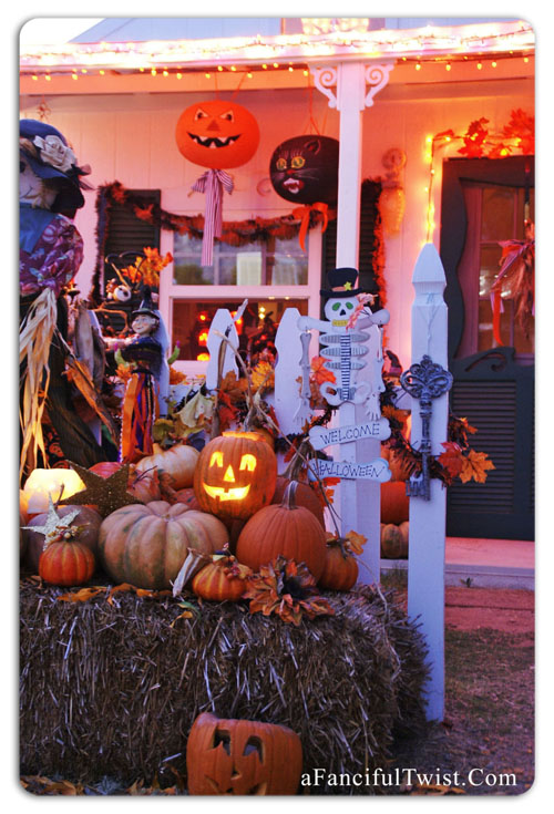 Cottage Halloween front of card