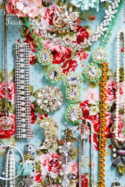 Jewelry pin board 11