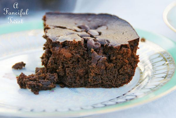 Flourless black bean cake