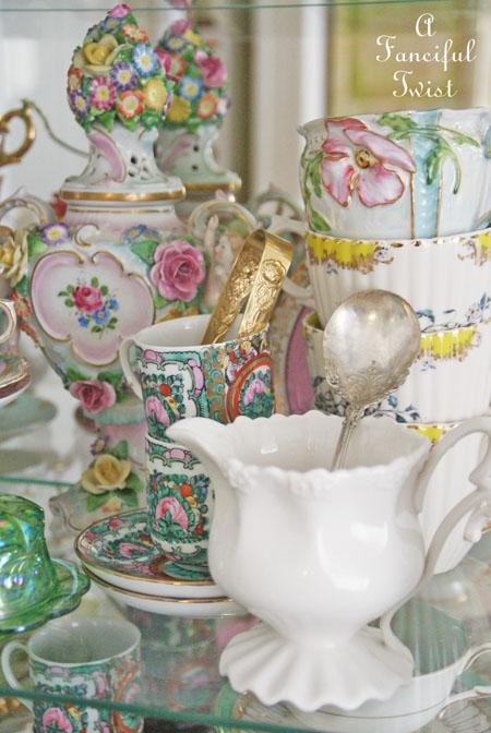 Tea cabinet 1