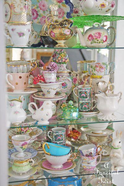 Tea cabinet 3