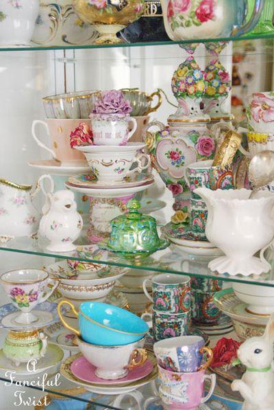 Tea cabinet 5