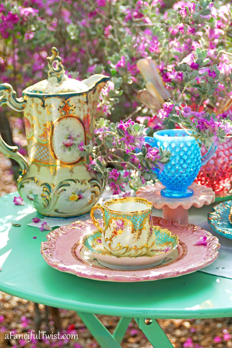 Tea in the garden 13