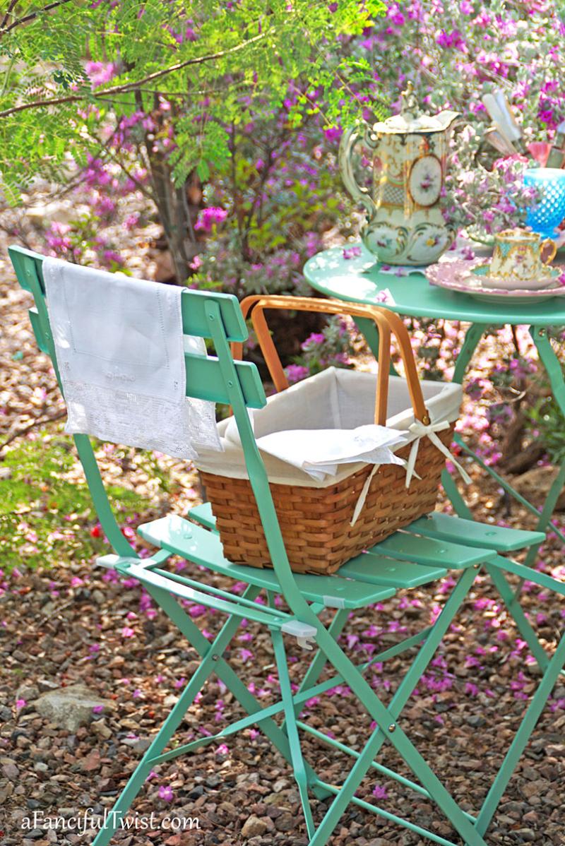 Tea in the garden 5