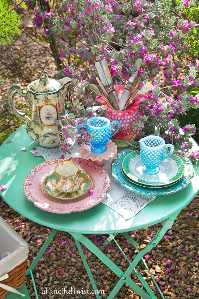 Tea in the garden 4