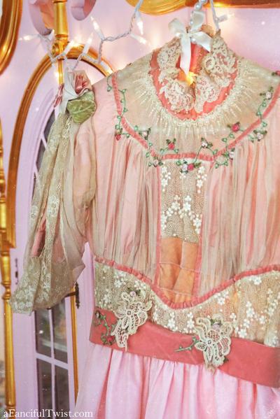 Pink victorian 1