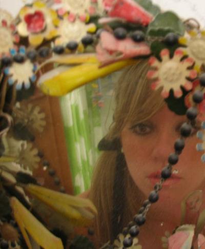Vanessa_valencia_in_mirror