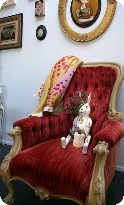 Bunny_in_thrown