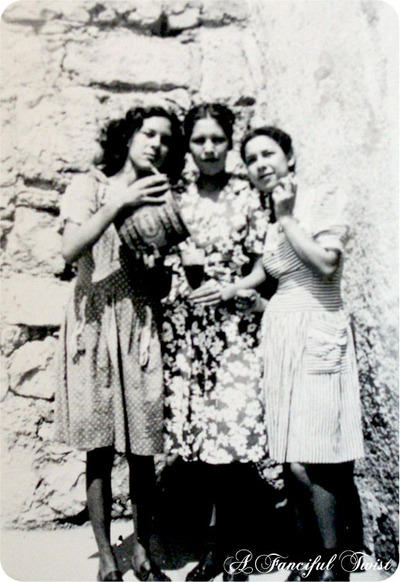 Grandma_and_her_sisters