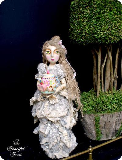 Tea_and_cake_girl_2