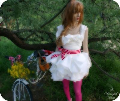 Paper_dress_3