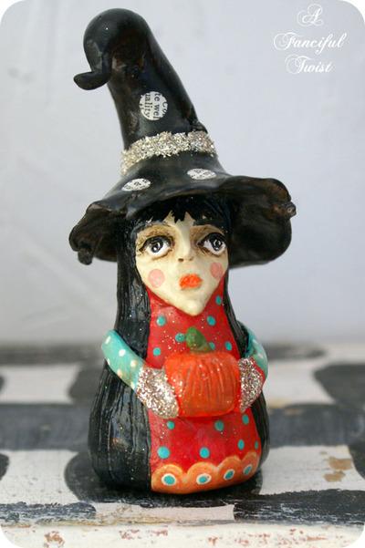 Ursula_antonius_beaconsfield_front_